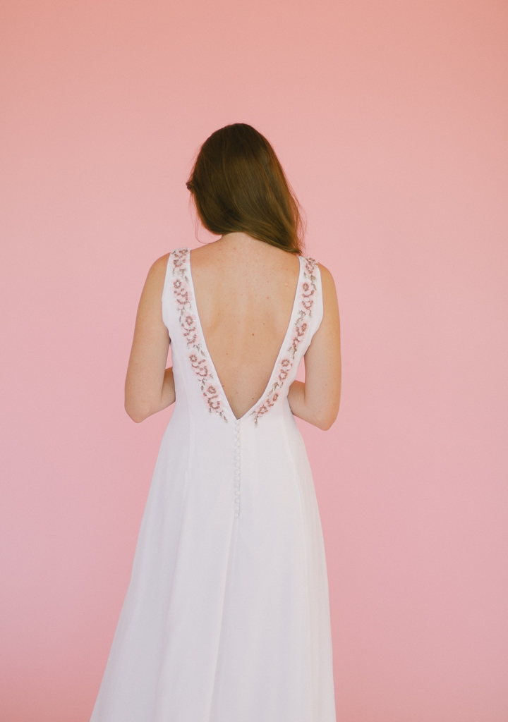 look8-back